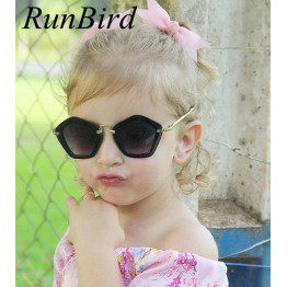 2016 Fashion Kids Arrow Sunglasses Child Boys Girls Sun Glasses UV400 Sun Shade Eyeglasses Sunglass Brand Lunette De Soleil R545