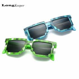 2016 Fashion Kids Sunglasses Smaller Size Minecraft Sunglasses for Children Sun Glasses Mosaic Boys Girls Pixel Eyewares LKP001