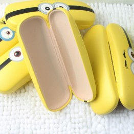 Cartoon Minions design Sunglasses Hard leather glasses Case cute Protector Sunglasses Box eyewear cases optical accessories